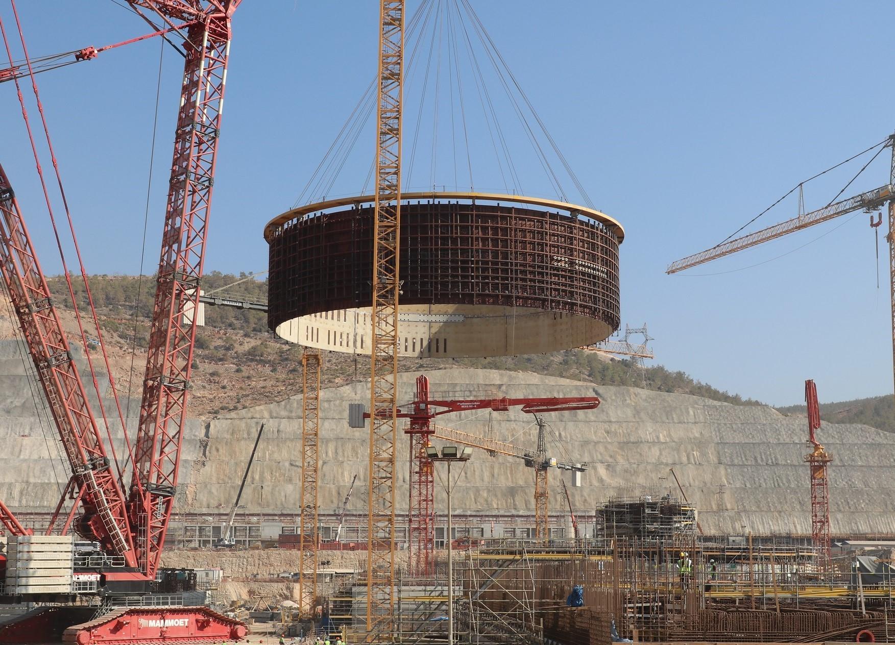 На втором блоке строящейся в Турции АЭС «Аккую» смонтирован второй ярус внутренней защитной оболочки
