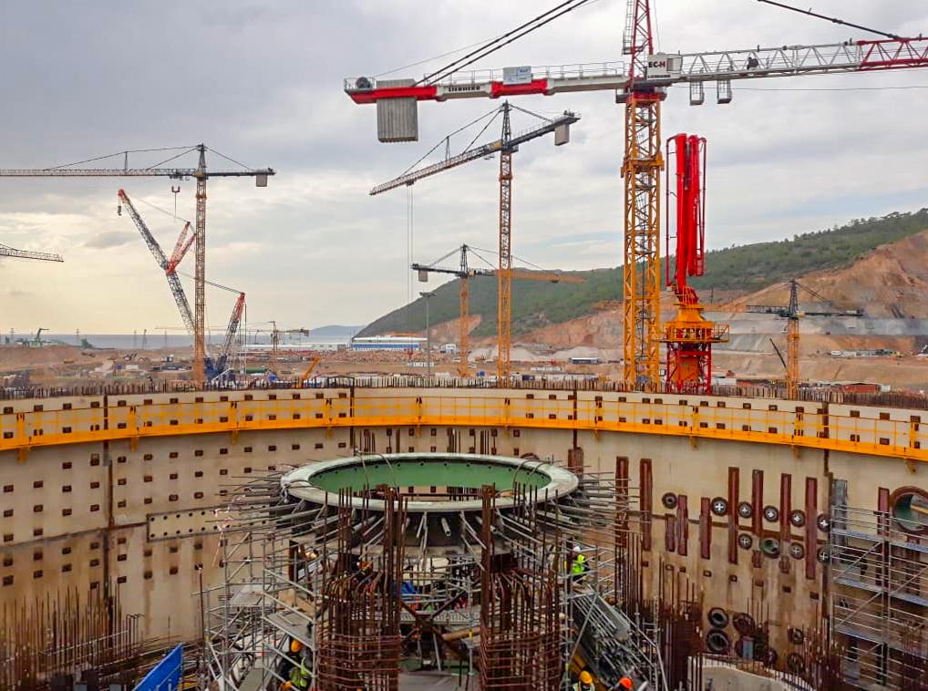 На площадке строительства АЭС «Аккую» состоялись две ключевые монтажные операции