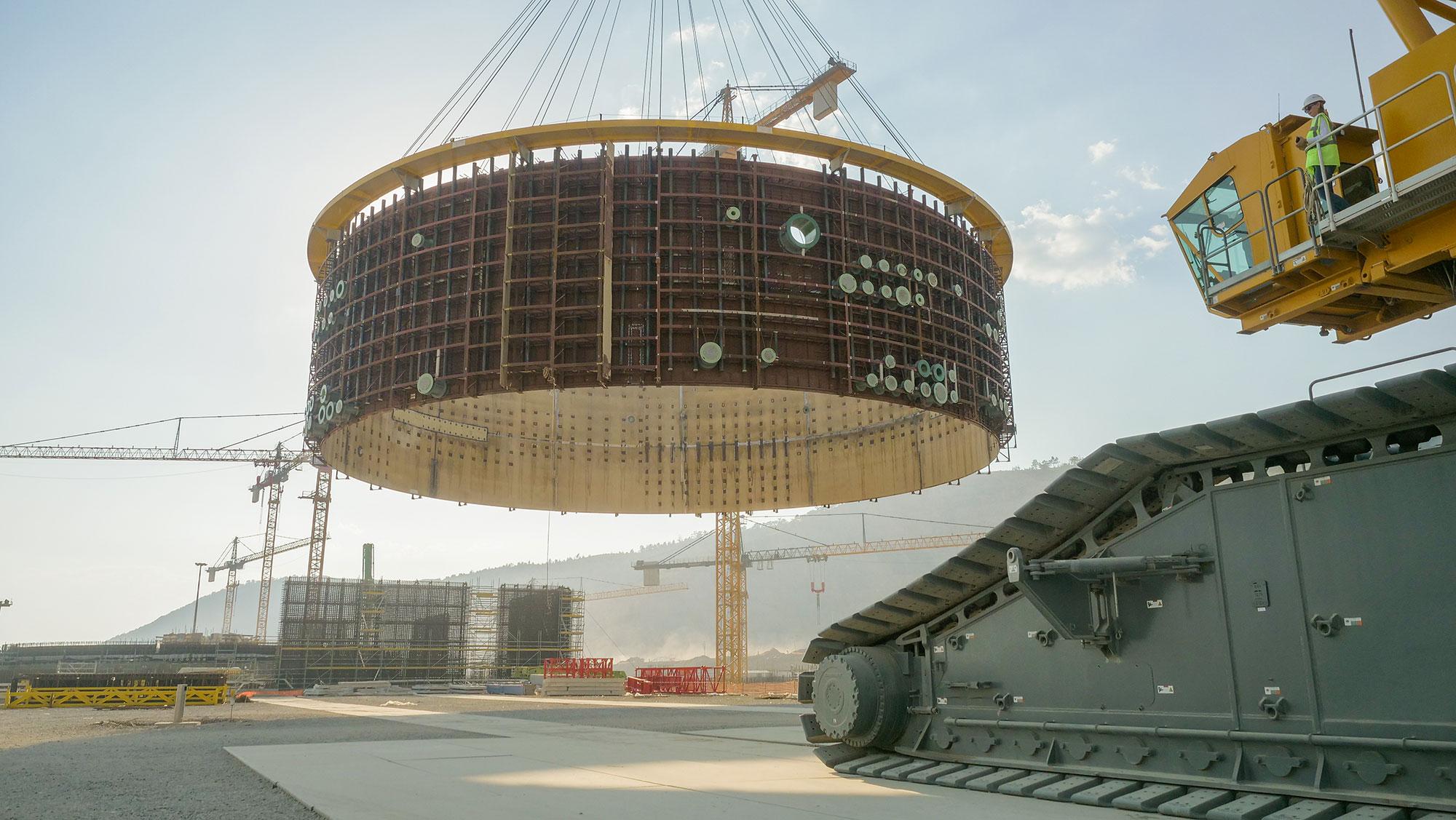 На строительной площадке первого энергоблока турецкой АЭС «Аккую» смонтирован второй ярус внутренней защитной оболочки (ВЗО) реакторного здания