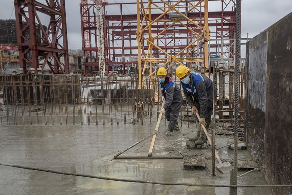 Специалисты АО «КОНЦЕРН ТИТАН-2» продолжают бетонирование перекрытия на нулевой отметке здания турбины второго энергоблока Курской АЭС-2