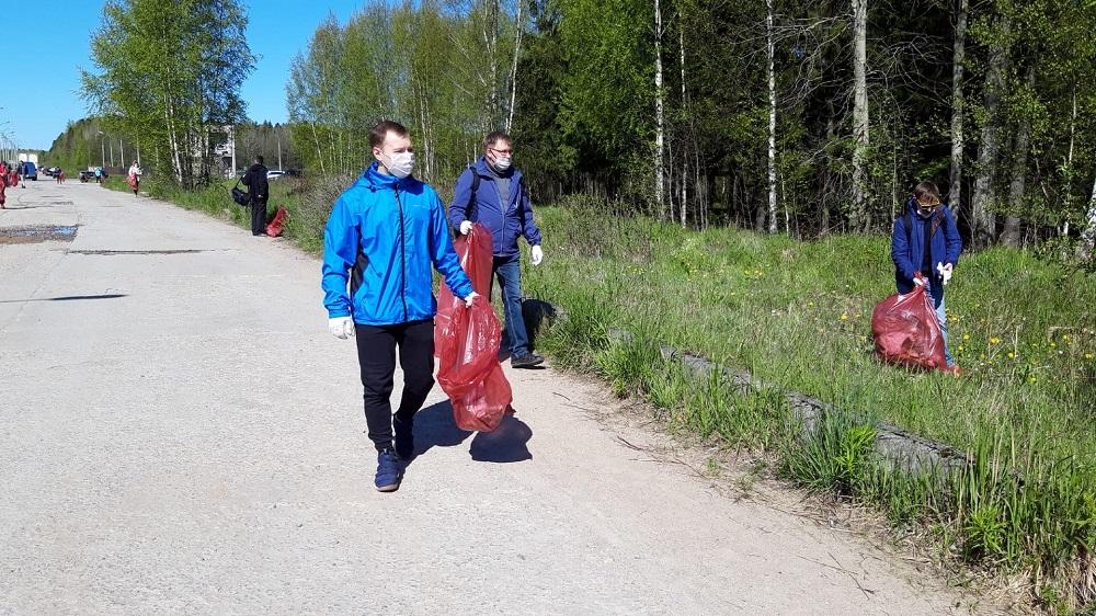 Сотрудники АО «КОНЦЕРН ТИТАН-2» приняли участие в субботнике